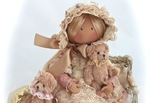 Rag, Cloth & Fabric Dolls