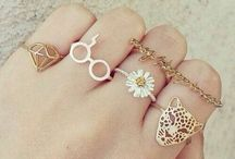 Jewelry / cute trinkets and accessories
