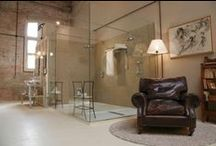 Interiores Baños / Tablero que muestra proyectos ajenos a Mo.A, que sirven para expresar nuestras preferencias arquitectónicas