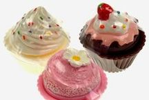 Cupcakes without the calories / All about cupcake merchandise
