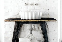 BATHROOM / by Luciane Andretta