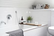 White Bathrooms / white bathroom inspiration