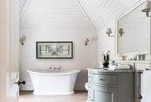 Traditional Bathrooms / Traditional bathroom ideas and designs.