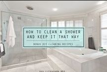 The Best Bathroom Tips / Bathroon tips and tricks. how to clean a bathroom. how to paint a bathroom. how to tidy a bathroom.