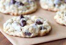 Cookies / by Shari Skälland