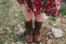///Dressing modestly/// / We are a group of girls who strive to glorify the Lord with our clothing and countenance!