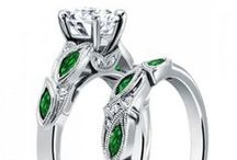 Bridal Ring Set | EVOLEES / Click the image to easily buy.