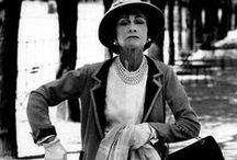 « Il n'y a pas de mode si elle ne descend pas dans la rue.  » de Coco Chanel