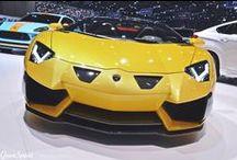 GENEWA 2015: HAMANN LAMBORGHINI AVENTADOR ROADSTER / To już nasz ostatni wpis z Targów Motoryzacyjnych w Genewie. Przez dwa tygodnie prezentowaliśmy Wam najciekawsze, tuningowe propozycje zaprezentowane tej wiosny w Szwajcarii. Na koniec zostawiliśmy wisienkę na torcie – Lamborghini Aventador w wydaniu Hamann. Zapraszamy do przeczytania artykułu i – do zobaczenia za rok, Genewo!  A o Lamborghini Aventador przeczytacie na naszym blogu: http://gransport.pl/blog/genewa-2015-hamann-lamborghini-aventador-roadster/