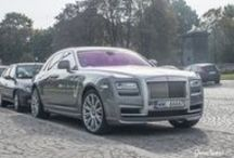Rolls-Royce Ghost Spofec w Warszawie / MZ Photomotive uchwycił Rolls-Royce Ghost z pakietem modyfikacji Spofec którym zajmowaliśmy się w GranSport - Luxury Tuning & Concierge kilka miesięcy temu!  Stylowy zestaw przyciąga spojrzenia i zdecydowanie wyróżnia Rollsa na warszawskich ulicach. Nowy body kit oraz 22 calowe felgi zdecydowanie zmieniły oblicze tej stonowanej limuzyny!  Więcej o projekcie przeczytacie tutaj: http://gransport.pl/bl…/realizacja-rolls-royce-ghost-spofec/