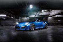TechArt Porsche 911 Turbo S Cabriolet / Jak wygląda perfekcyjne Porsche 911? Właśnie tak!  Spójrzcie na niesamowity egzemplarz w wersji Turbo S Cabriolet, z pełnym pakietem aerodynamicznym oraz felgami TECHART. Urok potęguje genialny niebieski odcień nadwozia połączony z masą carbonowych dodatków. Potraficie wyobrazić sobie lepsze połaczenie? My nie!  GranSport - Luxury Tuning & Concierge http://gransport.pl/index.php/techart/porsche/911-991.html