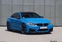 REALIZACJA: BMW M4 REMUS + SCOPE / W naszym serwisie gościliśmy BMW M4 w niesamowitym kolorze Yas Marina Blue. Pomimo ciekawego koloru, w aucie brakowało wyróżniających je dodatków oraz odpowiedniego. sportowego brzmienia. Receptą okazały się carbonowe elementy aerodynamiczne Scope oraz układ wydechowy Remus Cat-back.  Więcej informacji na naszym blogu: http://gransport.pl/blog/realizacja-bmw-m4-remus-scope/  GranSport - Luxury Tuning & Concierge http://gransport.pl/index.php/