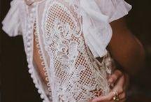 WEDDINGDRESS BOHEMIAN BACK