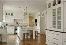 Kitchen / Interesting kitchen ideas and designs for your next remodel or new home