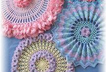 Crochet / by {} SANDRA HIPÓLITO {}
