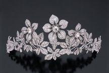 Crowns, tiara's, haircombs, and hairpins. / by Max Beusen