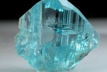 Kristallit ja mineraalit / Kristallit ja mineraalit