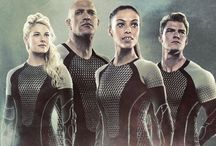 Hunger games district 1,2 tributs / Marvel,glimmer,Cato,CLOVE Brutus,ENBORIA,gloss,cashmere And CLOVE with extra CLOVE