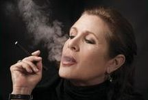 Star studded smokers and vapers / Vaping is gaining attention from all quarters and we do our best to source the best e-liquids. Check us out at www.blacknote.com