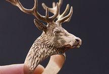 Woodcarving red deer
