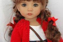 Nukkeja / Ilmeikkäitä nukkeja kauniisti puettuna.