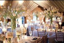 Aranjamente florale / Aranjamente florale – pot defini stilul evenimentelor prin alegerea bine făcută corespunzătoare locaţiei.Vă punem la dispoziţie decoruri florale si buchete pentru mireasa. Contactati-ne daca ceea ce vedeti aici va doriti la evenimentul dumneavoastra. Nuntasieveniment.ro