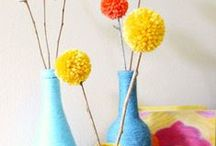 Yarn Scraps / Fun DIY projects to make with your yarn scraps.