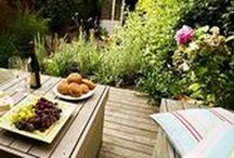 Small Garden Ideas..bringing the inside outside