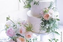 Wedding Cake Flowers / As top Wedding Florists and Venue Stylists, The Wilde Bunch are happy to decorate your wedding cake using flowers from the overall wedding theme. ALL IMAGES ARE OF WILDE BUNCH DESIGNS. WE DO NOT PIN OTHER PEOPLE'S WORK