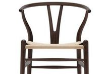 Wegner Wishbone Chair / Images of the classic Hans Wegner Wishbone Chair by Carl Hansen & Son.