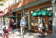 Boulder Pearl Street Mall / Iconic shopping and dining district of #PearlStreetMall.  This is the heart and soul of Boulder. Visit for dinner, bands, street performers, ice cream, shopping or just to take it all in.  Great vibe, walking pedestrian mall.