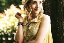 Charity Burbage / Dreamcast: Saoirse Ronan