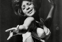 Celestina Warbeck / Dreamcast: Dame Shirley Bassey