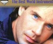 RICHARD... / Clayderman caresses with music ...
