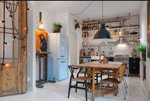 Goteborg 40m / Alvhem Makleri / nowoczesna STODOŁA / W starym budynku, powstałym na przełomie stuleci udało się urządzić mieszkanie, które mimo niewielkiego metrażu jest funkcjonalne, a zarazem stylowe.