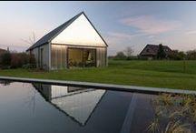 Contemporary Barn / P L O E G architecten / nowoczesna STODOŁA / Wiejska okolica oraz otoczenie starych farm i zamków przekonały nas, by stworzyć dom zgodnie z typologią tutejszych starych budynków gospodarczych...
