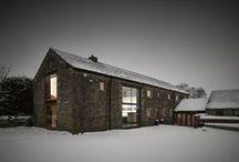 Kamienna stodoła / Snook Architects / nowoczesna STODOŁA / Oto Cat Hill Barn – stodoła zbudowana pod koniec 1700 roku, położona na wzgórzach Yorkshire w Wielka Brytanii.