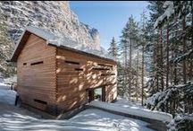 Tamersc Mountain Lodge / nowoczesna STODOŁA / Zniszczony domek leśniczego, który służył do polowania w środku Parku przyrody Fanes-Senes-Braies Południowego Tyrolu został zastąpiony przez nowoczesną STODOŁĘ.