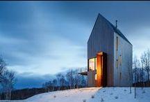 Rabbit Snare Gorge / Omar Gandhi Architect / nowoczesna STODOŁA / To współczesna chata, która ma być letnią ucieczką od zgiełku dla jednej rodziny.