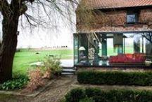 Farmhouse Lennik / Studio Farris / nowoczesna STODOŁA / I tylko krów brakuje: piękna farma przekształcona w nowoczesny dom pełen indywidualności