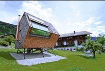 """UFOGEL / Peter Jungmann / nowoczesna STODOŁA / Ten asymetryczny Alpejski domek został zaprojektowany przez austriackiego architekta Petera Jungmann nazwany Ufogel, ponieważ jego właściciele stwierdzili, że wygląda jak skrzyżowanie UFO i """"Vogel"""" – niemieckie słowo dla ptaków."""