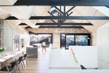 Water Factory / Andrew Simpson Architects / nowoczesna STODOŁA / Ten projekt miał sprostać kilku zamierzeniom. Miał być domem rodzinnym z dużą przestrzenią, którą cechuje elastyczność i łatwość do ewentualnych adaptacji.