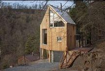Hexagon Shaped House / A.LT Architekti / nowoczesna STODOŁA / Ten niewielki, drewniany dom, zaprojektowany przez firmę ALT Architeckti, stoi na zboczu w środkowych Czechach.