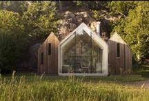 Micro Cluster Cabins / Reiulf Ramstad Architects / nowoczesna STODOŁA / To połączenie trzech maleńkich chat w jeden dom znajduje się w Herfell w Norwegii.