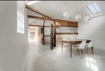 Manor House Stables / AR Design Studio / nowoczesna STODOŁA / Biuro architektoniczne AR Design Studio przekształciło stare stajnie w Hampshire w Anglii w wyjątkowy dom rodzinny z trzema sypialniami.
