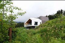 Mountain View House / SoNo architects / nowoczesna STODOŁA / Dom, jako całość, został rozplanowany tak, by ukryć się przed wzrokiem sąsiadów i otwierać wyłącznie na krajobraz i niebo.