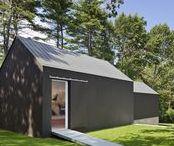 Country Estate / Roger Ferris + Partners / nowoczesna STODOŁA / Rezydencja Wiley w New Canaan w stanie Connecticut, zaprojektowana przez Philipa Johnsona w latach 1952–53, została kupiona z zamiarem odnowienia całej posiadłości i dodania nowego domku z basenem, prywatnej galerii i garażu