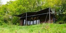 The Oak Cabin / Out of the Valley / nowoczesna STODOŁA / Brytyjska firma Out of the Valley stworzyła niewielki domek o dębowej konstrukcji, obity z zewnątrz drewnem cedrowym, który może być idealnym sposobem na ucieczkę od stresów codziennego życia.