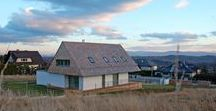Dom 'z widokiem' w Mogilanach / doomo studio architektoniczne / nowoczesna STODOŁA / Działka zlokalizowana jest kilkanaście kilometrów na południe od Krakowa, na tzw. grzbiecie góry mogilańskiej.