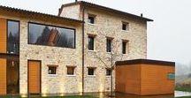 Filippo Caprioglio, Caprioglio Associati / Farmhouse in Northern Italy / nowoczesna STODOŁA / Po blisko ośmiu latach wynajmowania maleńkiego mieszkania w centrum Asolo w północnych Włoszech Guido Chiavelli oraz jego żona Sabrina postanowili znaleźć dom poza miastem i założyć rodzinę.